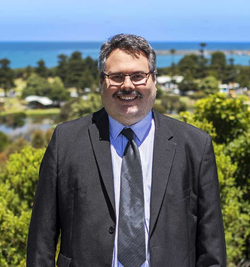 laurie-irvine-lawyer-south-morang-warrnambool-melbourne